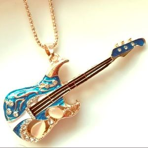 NWT🎸Betsey Johnson Enamel&Crystal Guitar Necklace